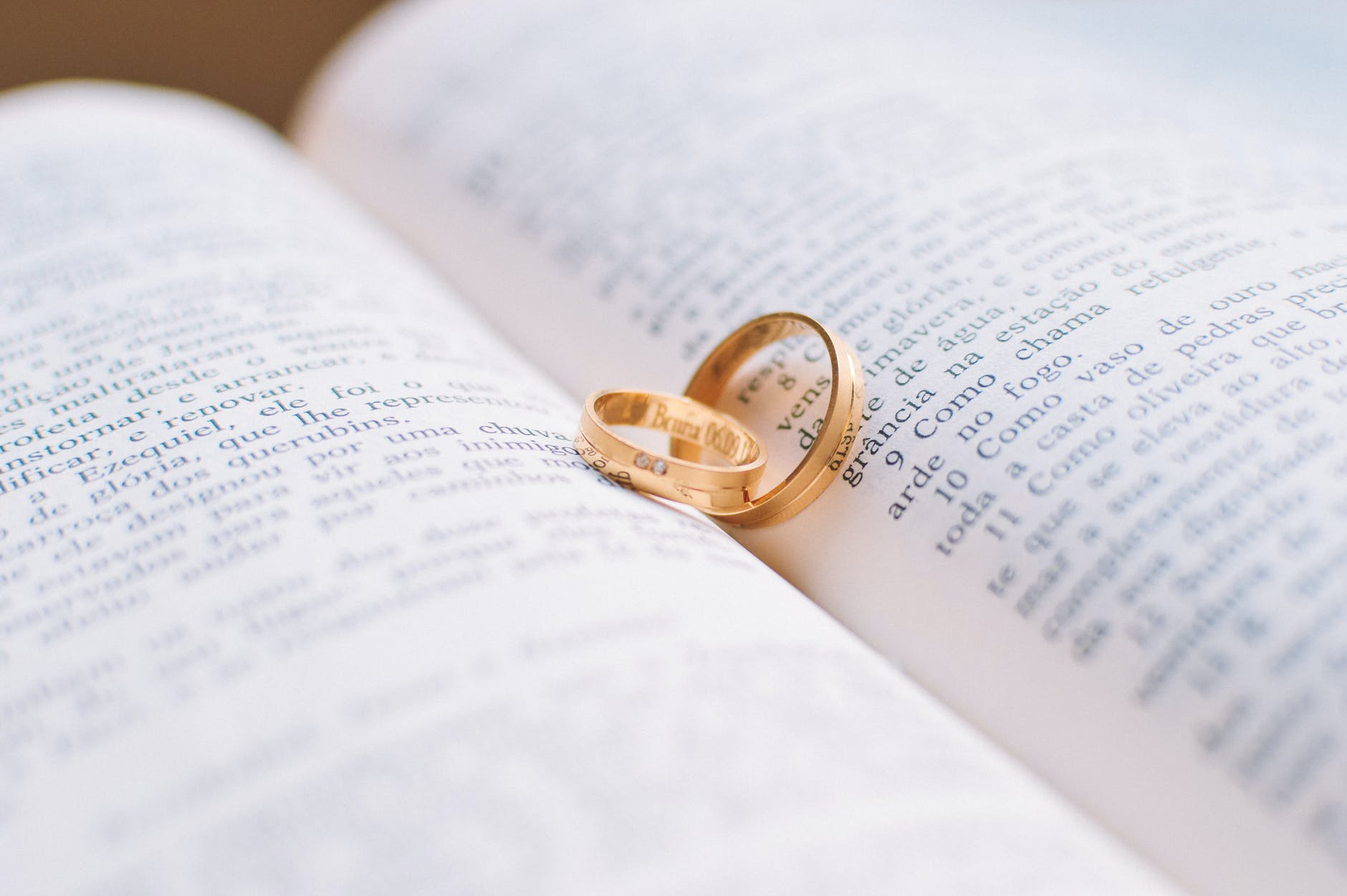 How To Make A Book For Wife