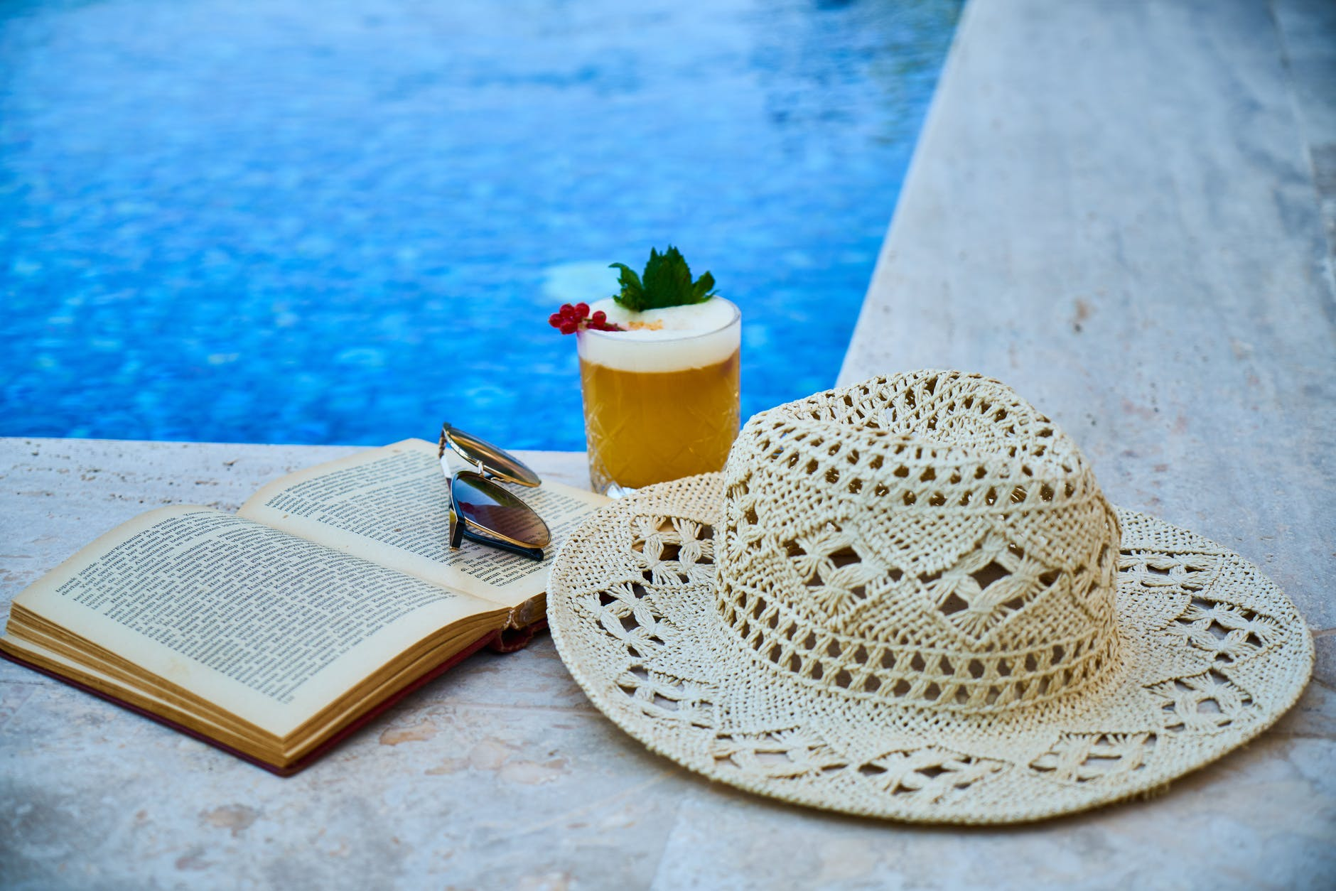 How To Create A Book For Vacation That Thrills