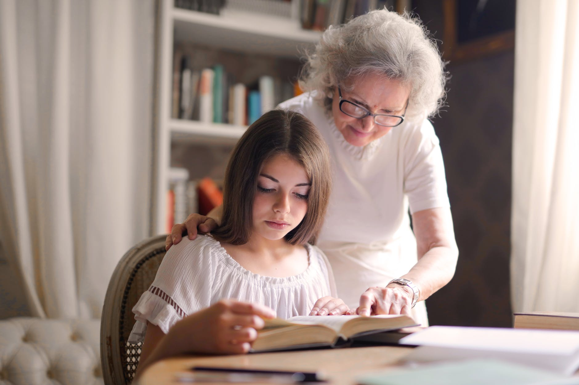 How To Create A Book For My Parents? Find Out How To!